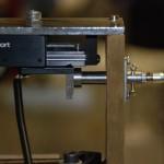 Sensore capacitivo in grado di misurare spostamenti dell'attuatore con sensibilità di 1pm